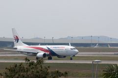 Boeing 737 décollent Image stock