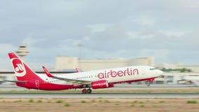 Boeing 737, das an Majorca-Flughafen sich entfernt stock video