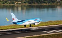 Boeing de débarquement plat 737-800 Photographie stock