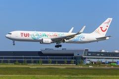 Boeing 767 de TUI Photos stock