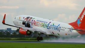 Boeing 737-804 del lanzamiento de las líneas aéreas de Corendon almacen de metraje de vídeo