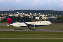 Boeing-757 Delta Royalty Free Stock Photography