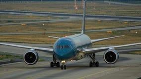 Boeing 787 Dreamliner de Vietnam Airlines después de llegado almacen de video