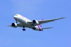 Boeing 787-800 Dreamliner HS-TQA av Thaiairway Arkivfoton