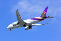 Boeing 787-800 Dreamliner HS-TQA de Thaiairway Photos libres de droits