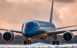 Boeing 787-9 Dreamliner Japan Airlines opodatkowywać Fotografia Stock