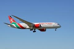 Boeing 787 Dreamliner od Kenya dróg oddechowych Fotografia Stock