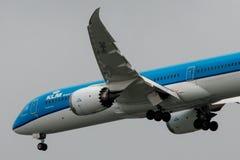 Boeing 787-9 Dreamliner vänstersidabaksida Arkivfoto