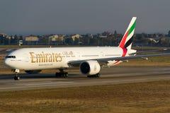 777 boeing emirates Royaltyfri Bild