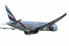 Boeing 777-200 emiratflygbolag tar av Royaltyfria Bilder