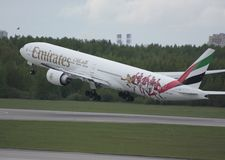 Boeing 777 emirati Fotografia Stock
