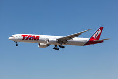 Boeing 777-300ER aircraft of the TAM airline Stock Image