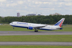 Boeing 767-300ER (EI-RUZ) to Transaero. Pulkovo Airport Royalty Free Stock Photo