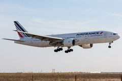 Boeing 777-228ER - 29004, funktioniert durch Air France-Landung stockfoto