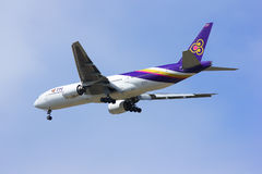Boeing 777-200ER HS-TJS of Thaiairway. Stock Photography