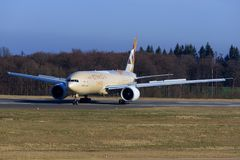 Boeing 777 from Ethiad Royalty Free Stock Photos