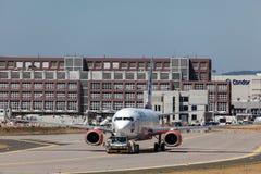 Boeing 737-800 flygplan av SunExpress Royaltyfria Bilder
