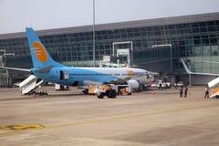Boeing 737-800 a fonctionné par Jet Konnect à l'aéroport international de Kolkata Photo libre de droits