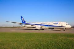 Boeing 787 från ANA Fotografering för Bildbyråer