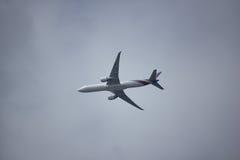 Boeing 777-300 HS-TKO TG103 Royaltyfria Bilder
