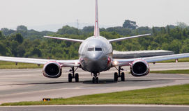 737 boeing jet2 Royaltyfri Foto