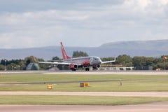737 boeing jet2 Royaltyfri Fotografi