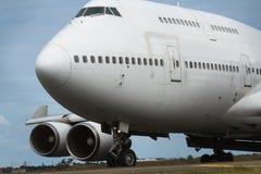 Boeing 747 jumbo - nära övre för stråle Fotografering för Bildbyråer