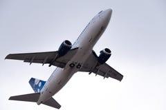 Boeing 737-3K2 EX-37015 Avia Traffic Company Fotografia Stock
