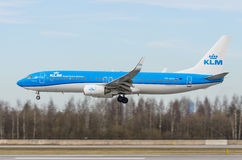 Boeing 737-800 KLM flygbolag, flygplats Pulkovo, Ryssland St Petersburg Maj 2017 Arkivfoton