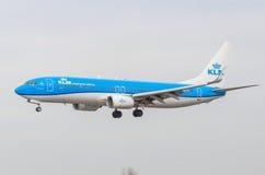 Boeing 737-800 KLM flygbolag, flygplats Pulkovo, Ryssland St Petersburg Maj 2017 Royaltyfri Bild