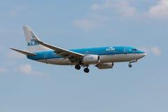 Boeing 737 Klm-landning Arkivbild