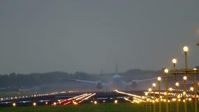 777 boeing klm-landning arkivfilmer