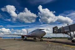 Boeing 767 linhas aéreas do Vim do ER no avental Imagem de Stock Royalty Free