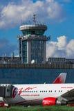 Boeing 767 linhas aéreas do Vim do ER no avental Foto de Stock Royalty Free