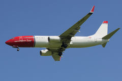 The Boeing 737-800 ( LN-NGZ) in flight Stock Photos