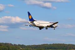 Boeing-737 Lufthansa Fotografering för Bildbyråer