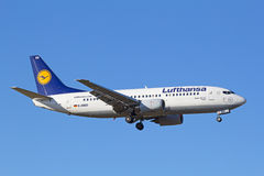 Boeing-737 Lufthansa Royalty Free Stock Images