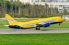 Boeing 737 luftstolpe, flygplats Pulkovo, Ryssland helgon-Peterburg 19 Maj 2014 Arkivbild
