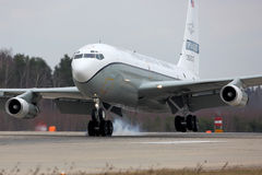 Boeing OC-135W 61-2670 dos céus abertos de força aérea de Estados Unidos que aterram na base da força aérea de Kubinka Fotos de Stock