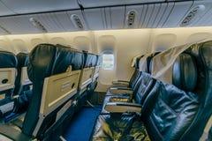 Boeing 767 på flygplatsen Royaltyfria Bilder