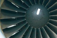 Boeing 767 på flygplatsen Royaltyfri Bild