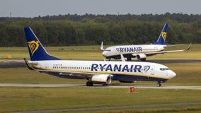 Boeing 737 passagerarenivå Ryanair Royaltyfri Bild
