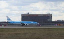 Boeing 737-800 (PH-BGA) KLM Royal Dutch flygbolag landade på flygplatsen Sheremetyevo Arkivbild