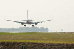 Boeing 737  Ready for Landing Royalty Free Stock Photos