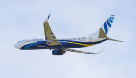Boeing 737-800 in the sky Stock Photography