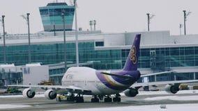 Boeing TAILANDÉS 747-400 almacen de video