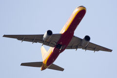 Boeing 757 after take off Royalty Free Stock Image
