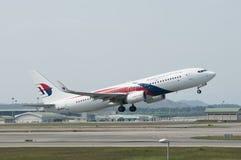 Boeing 737 Take Off Royalty Free Stock Photos