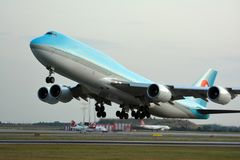 Boeing 747 taking off Royalty Free Stock Photography