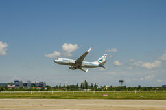 Boeing 737 taking off Stock Images